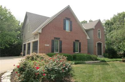 Kansas City Single Family Home For Sale: 9719 Leslie Avenue