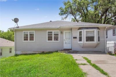 Kansas City Single Family Home For Sale: 1414 N 45th Terrace