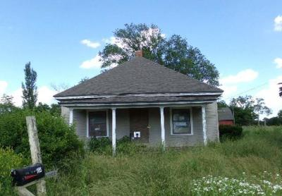 Single Family Home Auction: 1185 Rd 1313