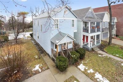 Kansas City Single Family Home For Sale: 236 E 30th Street