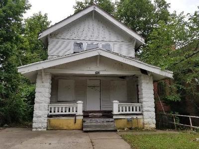 Kansas City Single Family Home For Sale: 3411 36th Street