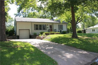 Raytown Single Family Home For Sale: 5923 Harris Street