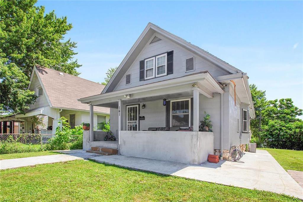 Astounding 141 Oakley Avenue Kansas City Mo Mls 2173504 Candace Home Remodeling Inspirations Genioncuboardxyz