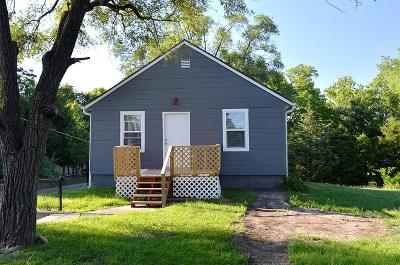 Gladstone Single Family Home For Sale: 5721 N Indiana Avenue