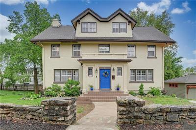 Kansas City Single Family Home For Sale: 611 E 46th Street