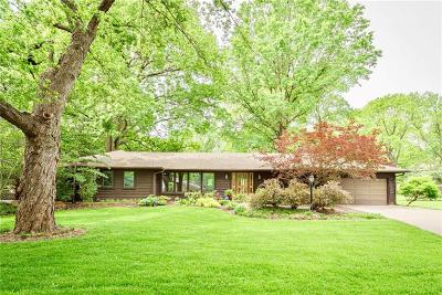 Leawood Single Family Home For Sale: 8500 Cherokee Lane