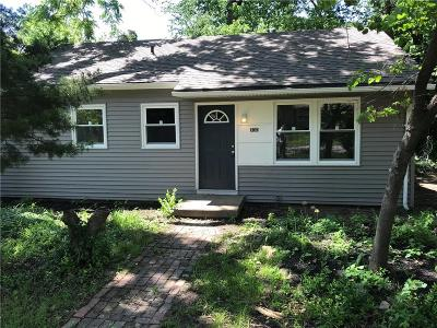 Kansas City Single Family Home For Sale: 700 N 80th Place