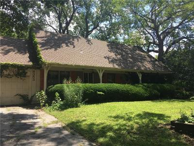 Prairie Village Single Family Home For Sale: 8353 Reinhardt Street