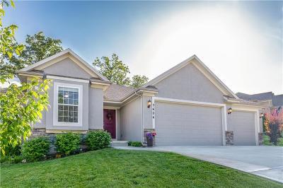 Kansas City Single Family Home For Sale: 3604 N 112th Terrace