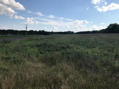 Residential Lots & Land For Sale: Tonganoxie Drive