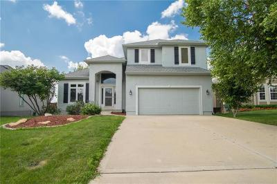 Olathe Single Family Home For Sale: 21943 W 121st Terrace
