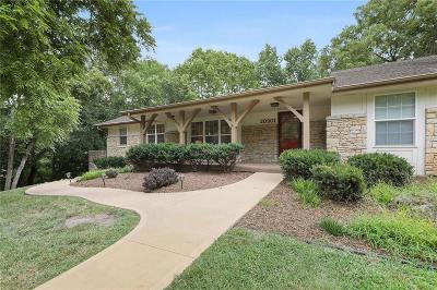 Lenexa Single Family Home For Sale: 20901 Pebble Lane