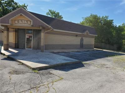 Kansas City Commercial For Sale: 8917 Leavenworth Road