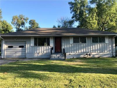 Kansas City Single Family Home For Sale: 8601 E 91st Street