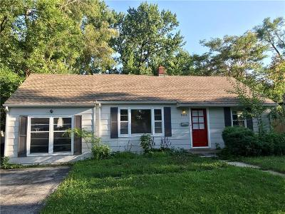 Raytown Single Family Home For Sale: 9003 E 67th Terrace