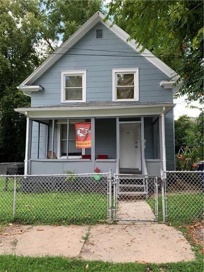 Jackson County Single Family Home For Sale: 1609 E 36th Street