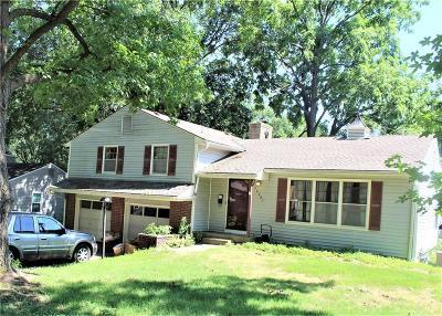 Jackson County Single Family Home For Sale: 12201 E 49th Street
