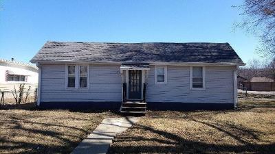 Buchanan County Single Family Home For Sale: 6645 Washington Street