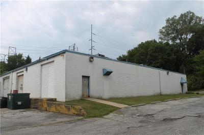 Kansas City MO Commercial For Sale: $400,000