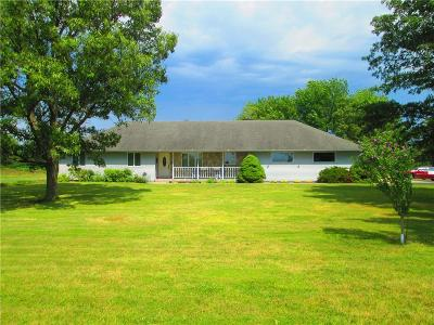 Lathrop Single Family Home For Sale: 4205 SE 33 Highway