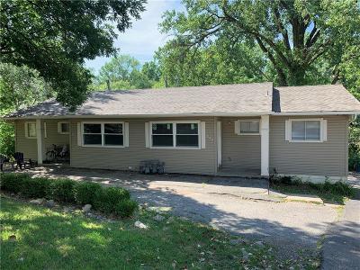 Sugar Creek Multi Family Home For Sale: 11425 E Lexington Avenue