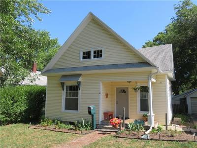 Paola Single Family Home For Sale: 406 E Chippewa Street