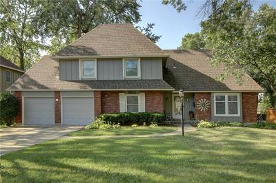 Overland Park Single Family Home For Sale: 8912 W 105th Terrace