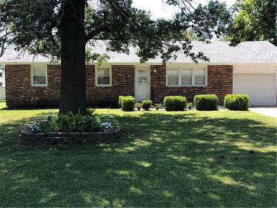 Garden City MO Single Family Home For Sale: $129,900