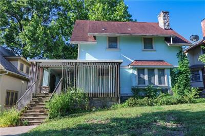 Kansas City Single Family Home For Sale: 39 E Concord Avenue