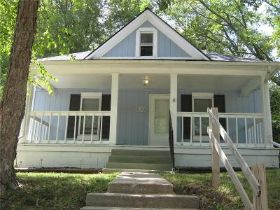 Excelsior Springs Single Family Home For Sale: 126 Cliff Drive