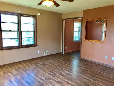 Kansas City Single Family Home For Sale: 5611 Byrams Ford Road