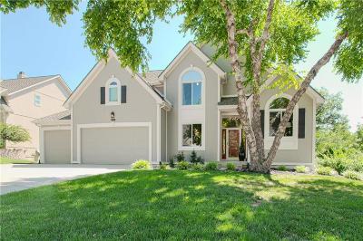 Parkville Single Family Home For Sale: 5817 Manor Lane