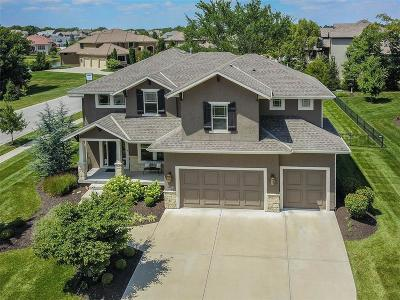 Overland Park Single Family Home For Sale: 12324 W 162nd Street