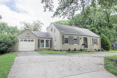 Overland Park Single Family Home For Sale: 7700 W 64th Street