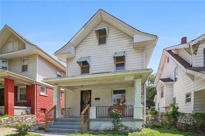 Kansas City Single Family Home For Sale: 131 Kensington Avenue