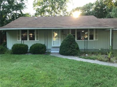 Kansas City Single Family Home For Sale: 12914 E Blue Ridge Boulevard