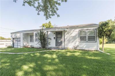 Gladstone Single Family Home For Sale: 404 NE 74th Terrace