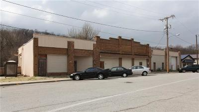 Kansas City MO Commercial For Sale: $875,000
