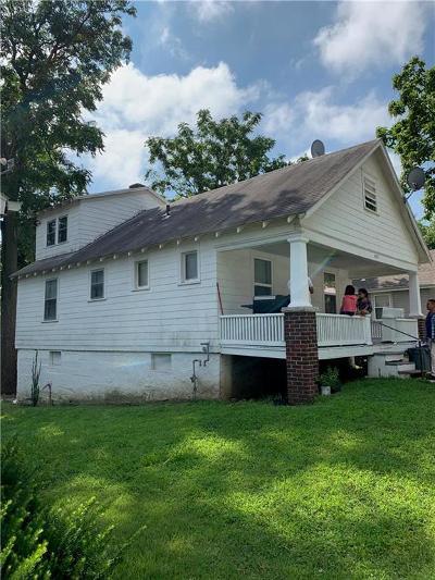 Kansas City Single Family Home For Sale: 1857 N 30th Street