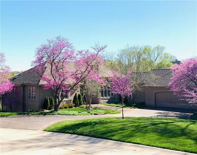 Olathe Single Family Home For Sale: 10535 S Glenview Lane