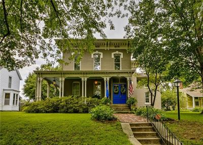 Leavenworth County Single Family Home For Sale: 607 Chestnut Street