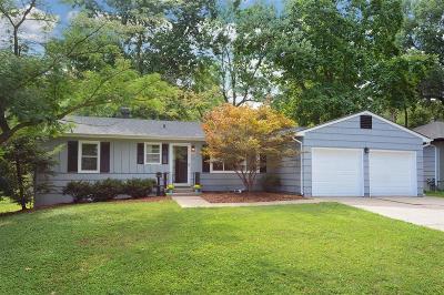 Raytown Single Family Home For Sale: 8610 Stark Avenue