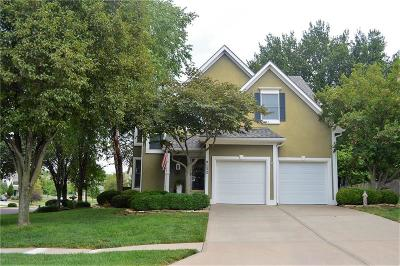 Overland Park Single Family Home For Sale: 9132 W 132nd Terrace