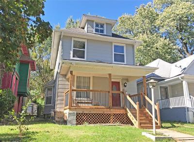 Kansas City Single Family Home For Sale: 208 N Jackson Avenue