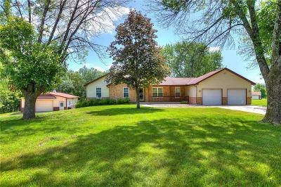 Excelsior Springs Single Family Home For Sale: 15777 Garnett Drive