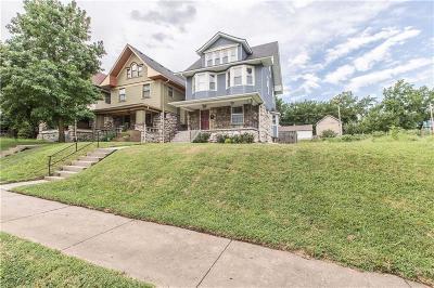 Kansas City Single Family Home For Sale: 2606 Campbell Street