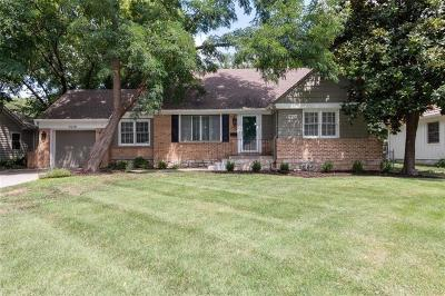 Leawood Single Family Home For Sale: 2528 W 90th Street