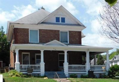 Atchison Single Family Home For Sale: 219 N 9th Street