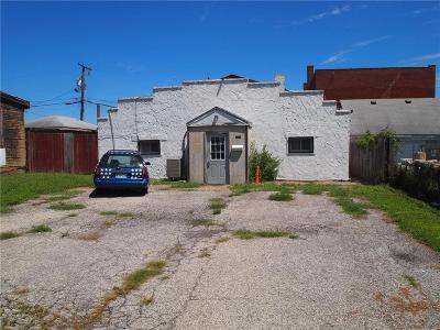 Commercial For Sale: 1523 S 9th Street