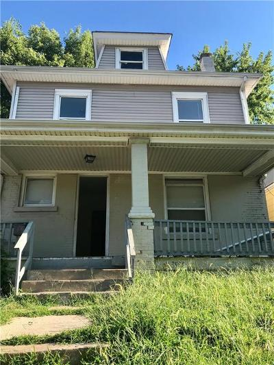 Kansas City Single Family Home For Sale: 3906 St John Avenue